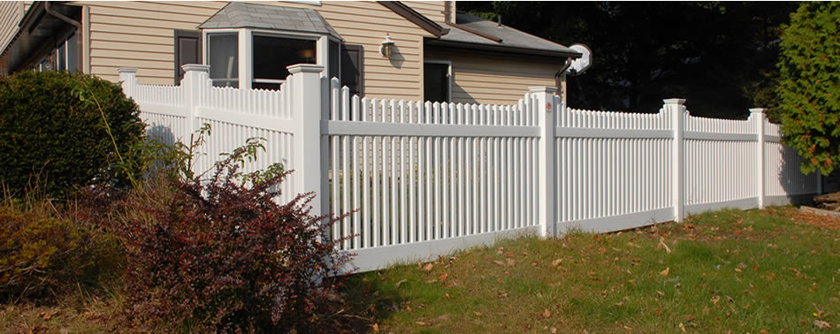Easily Maintained Vinyl Fencing